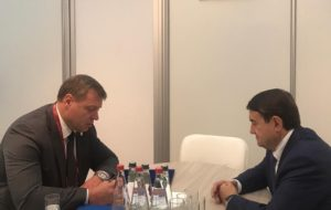 Помощник президента пообещал астраханскому губернатору поддержку