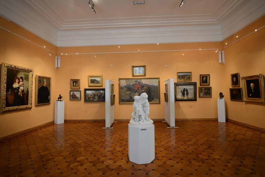 Астраханская картинная галерея станет бесплатной