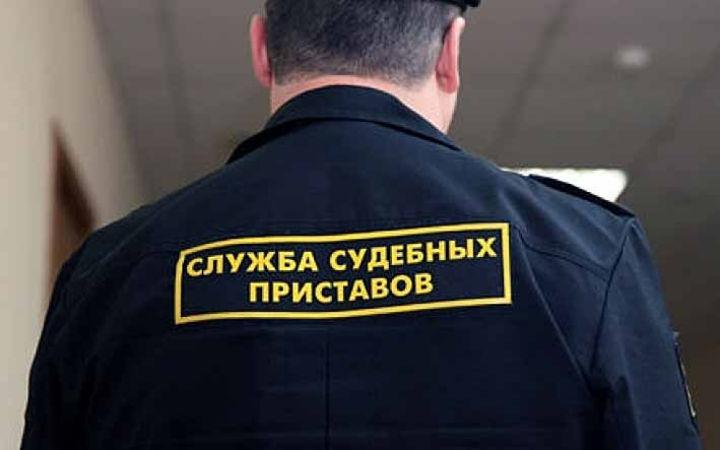 Астраханские судебные приставы устроили боевик на окраине города