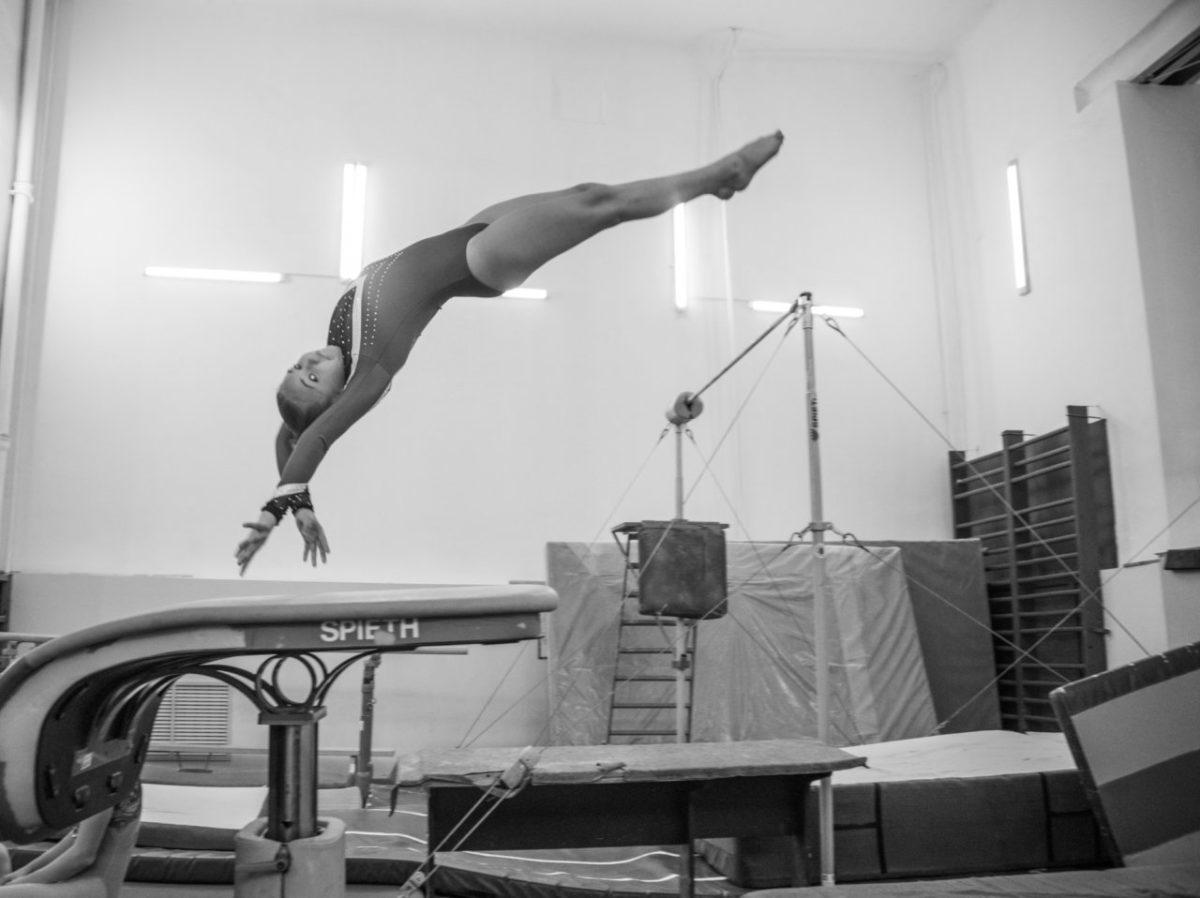 Как в Астрахани 27 лет пытаются запустить Центр спортивной гимнастики