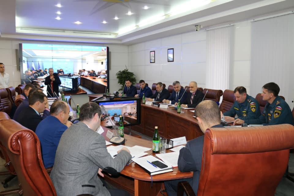 Астраханские власти рассказали о возможных источниках ночной вони