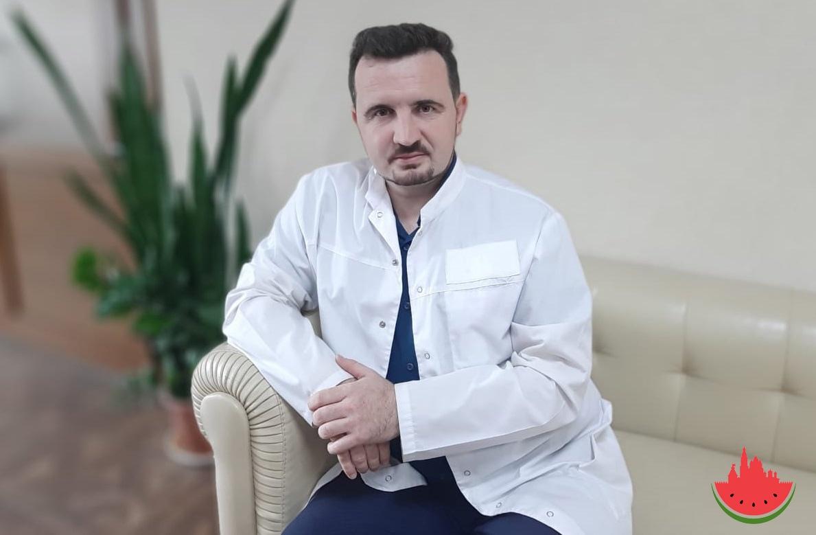 Астраханцы просят не сокращать помощника министра здравоохранения