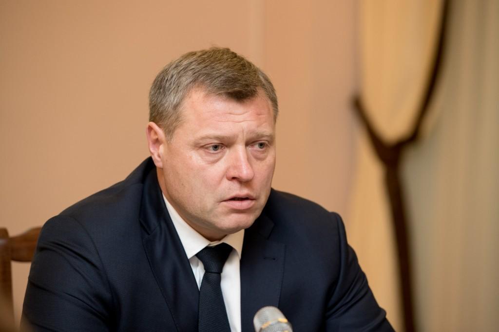Губернатор Игорь Бабушкин обратился к астраханцам