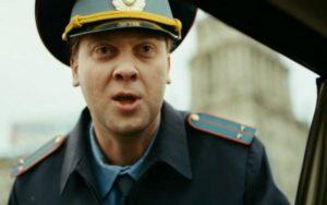 Астраханские инспекторы ДПС поймали водителя со взяткой