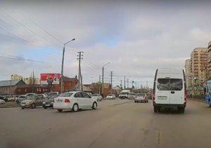 В Астрахани устроили гонки за сбежавшим с места аварии водителем