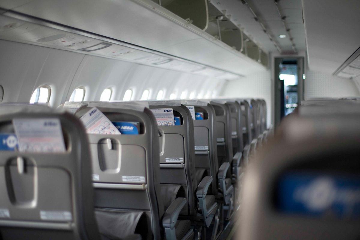 Второй авиарейс из Астрахани в Волгоград собрал всего 33 пассажира