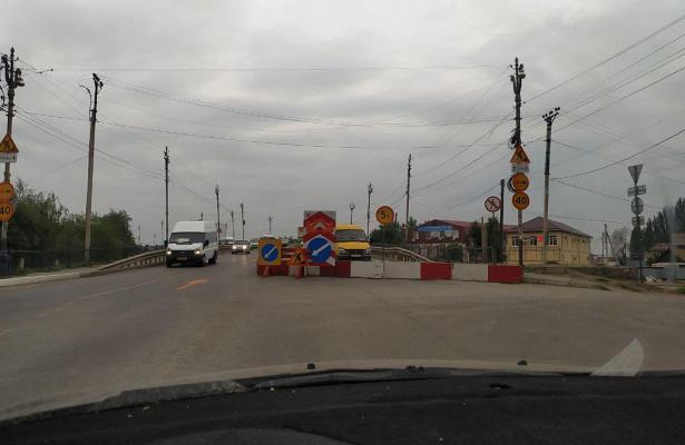 В Астрахани полностью перекроют движение по мосту через Царев