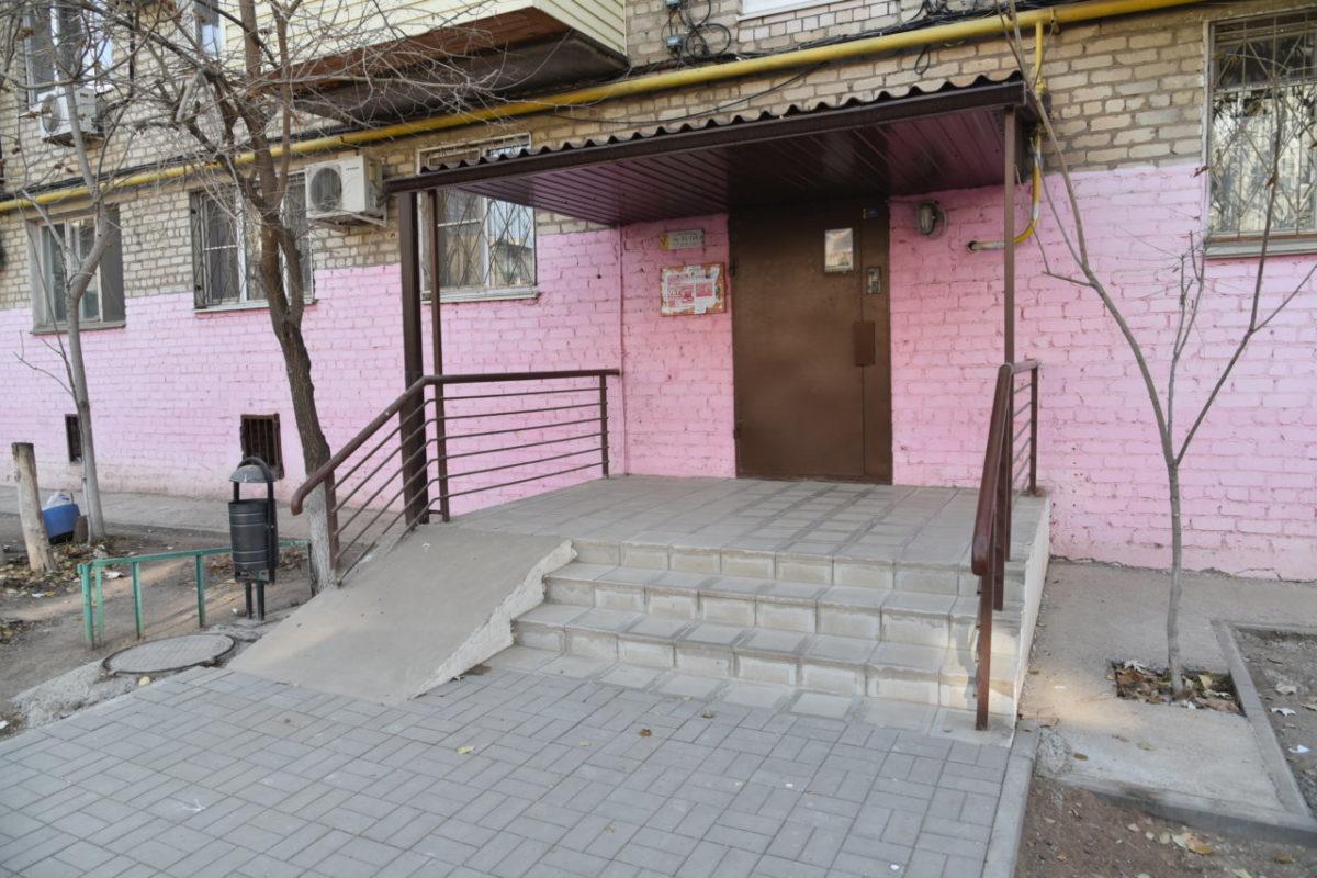В Астрахани продолжат ремонтировать дворы