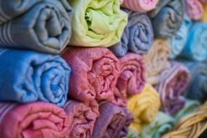 В Астрахани продавец тканей не хотел отдавать налоговой 2,1 млн рублей
