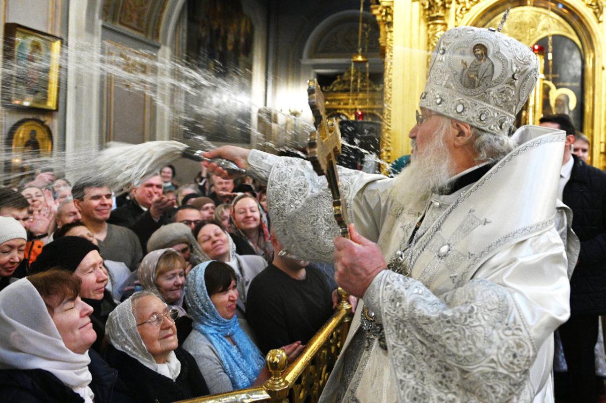 Патриарх Кирилл призвал упомянуть бога в Конституции