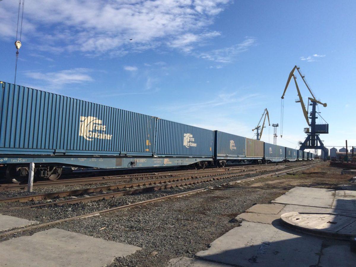 Перевозки контейнеров на ПривЖД выросли на 6,1% в январе