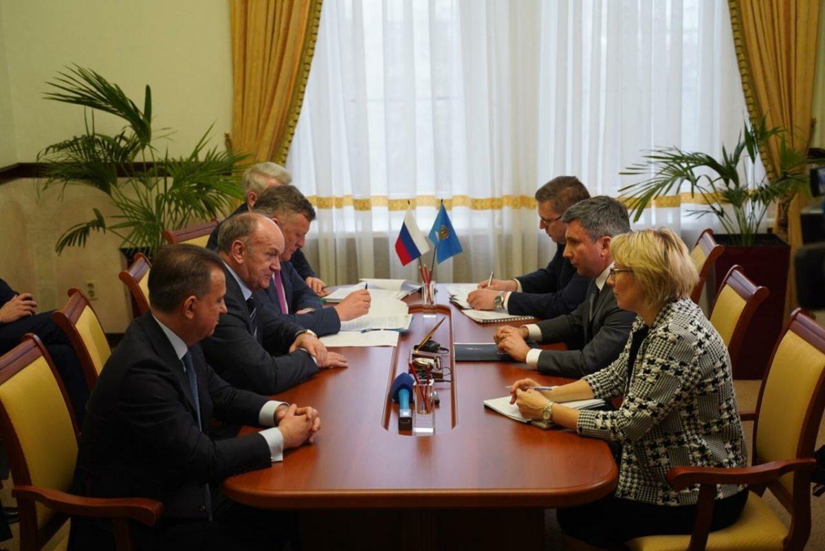 Руководство «Газпром межрегионгаз» и власти Астраханской области обсудили перспективы погашения задолженности ТСО