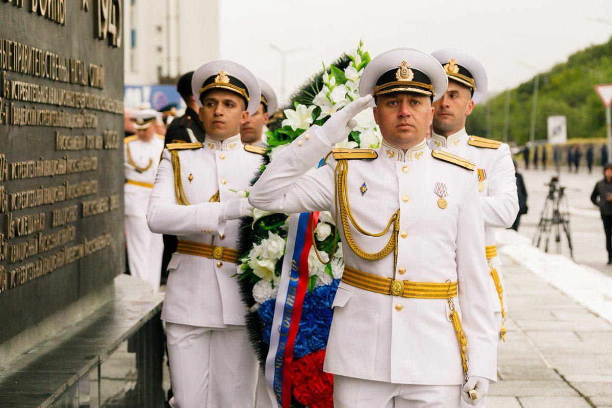 Астраханские военные начали подготовку к Параду Победы