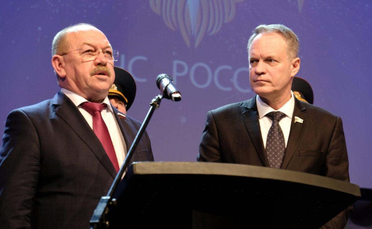 Астраханских представителей в Совете Федерации наградил Владимир Путин
