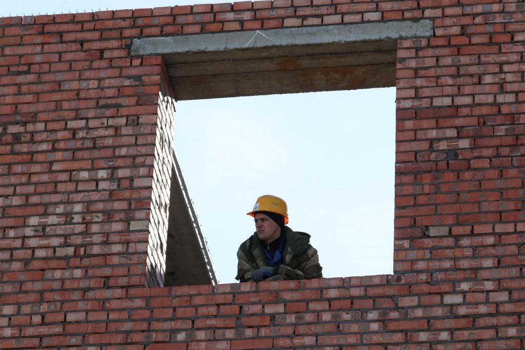 Скандальный дом для детей-сирот в Знаменске не успевают построить в срок