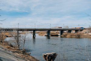 Подрядчик по ремонту Милицейского моста ушел на самоизоляцию