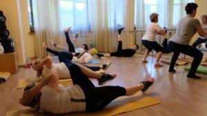 Астраханским пенсионерам помогают сжигать жир