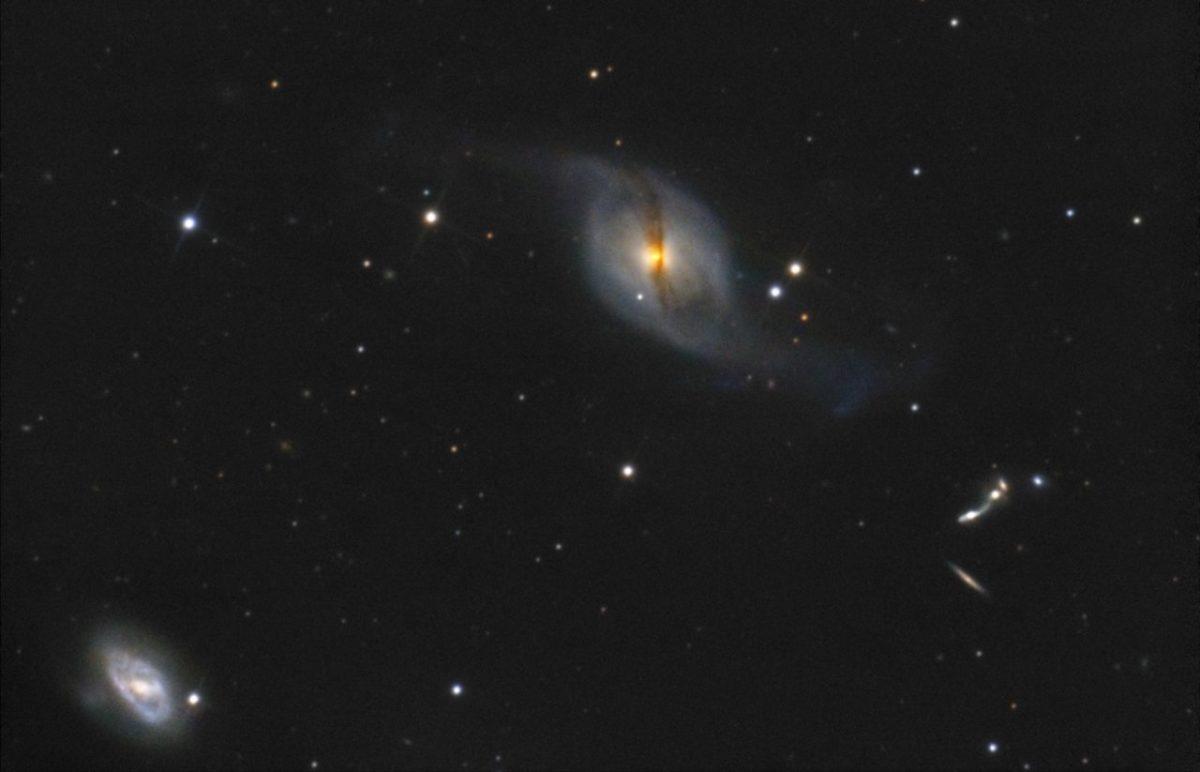 Астраханец сфотографировал далекие звездные системы