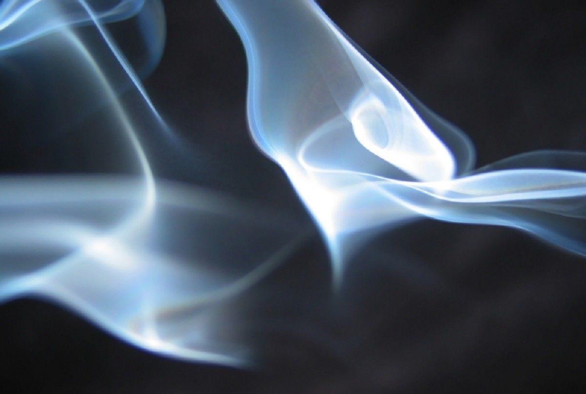 В Астрахани отец и сын погибли от угарного газа