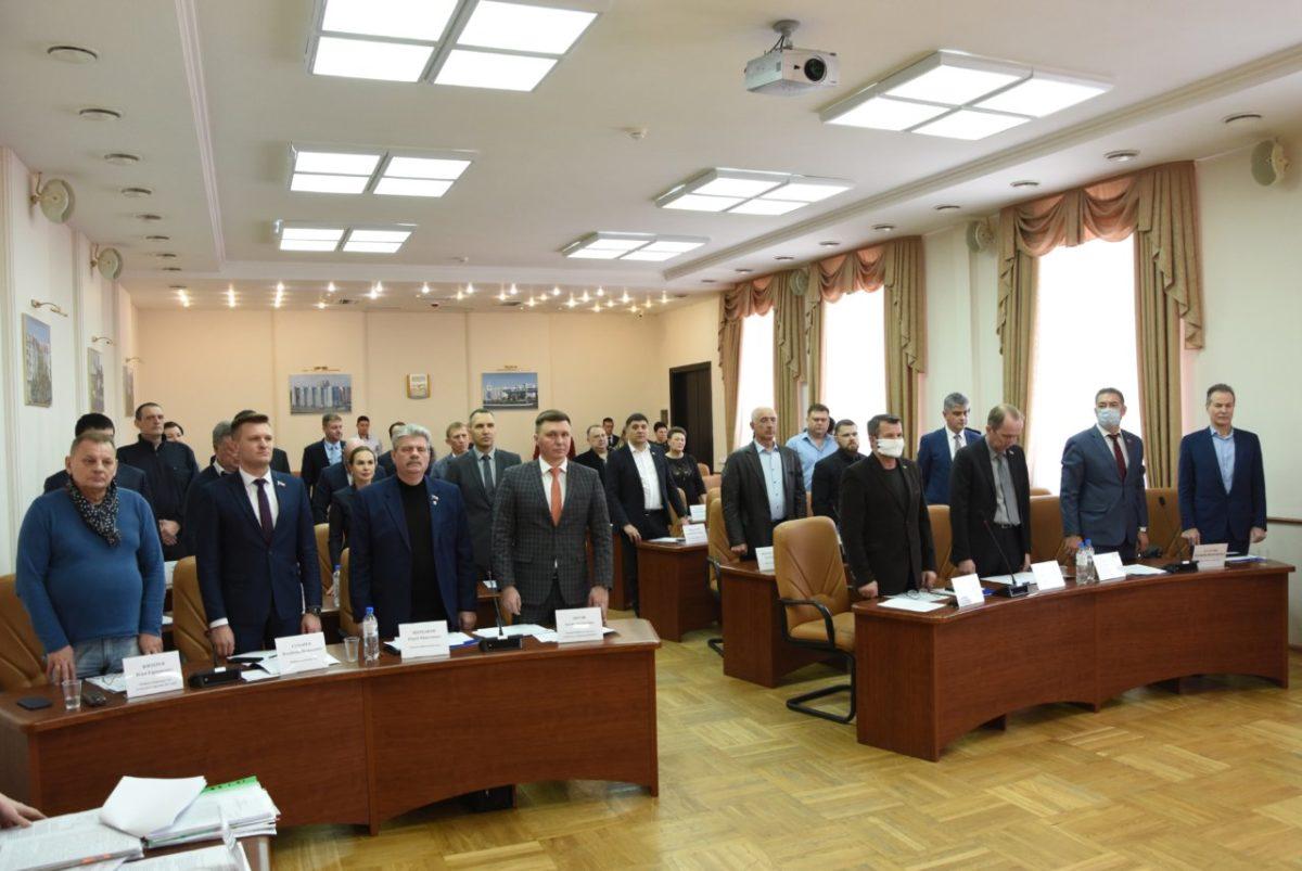 Астраханские городские депутаты утвердили отмену партийных списков на выборах