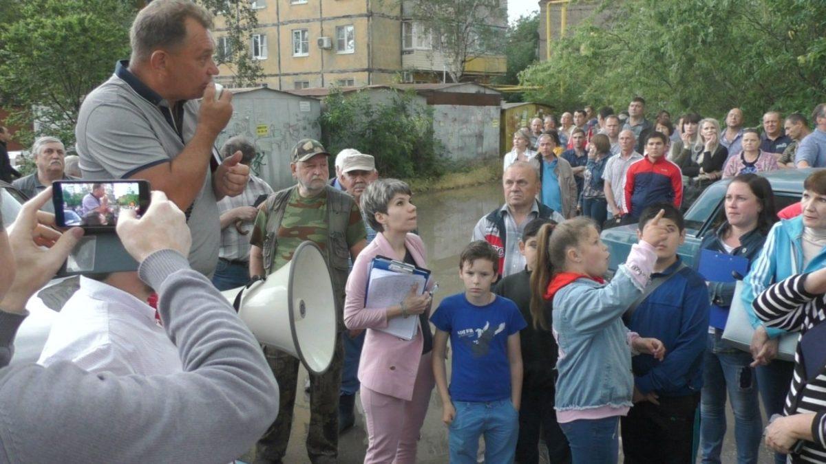 Астраханские владельцы гаражей организовывают митинг
