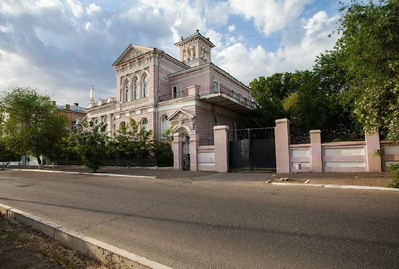 В Астрахани продается известный дом с привидением