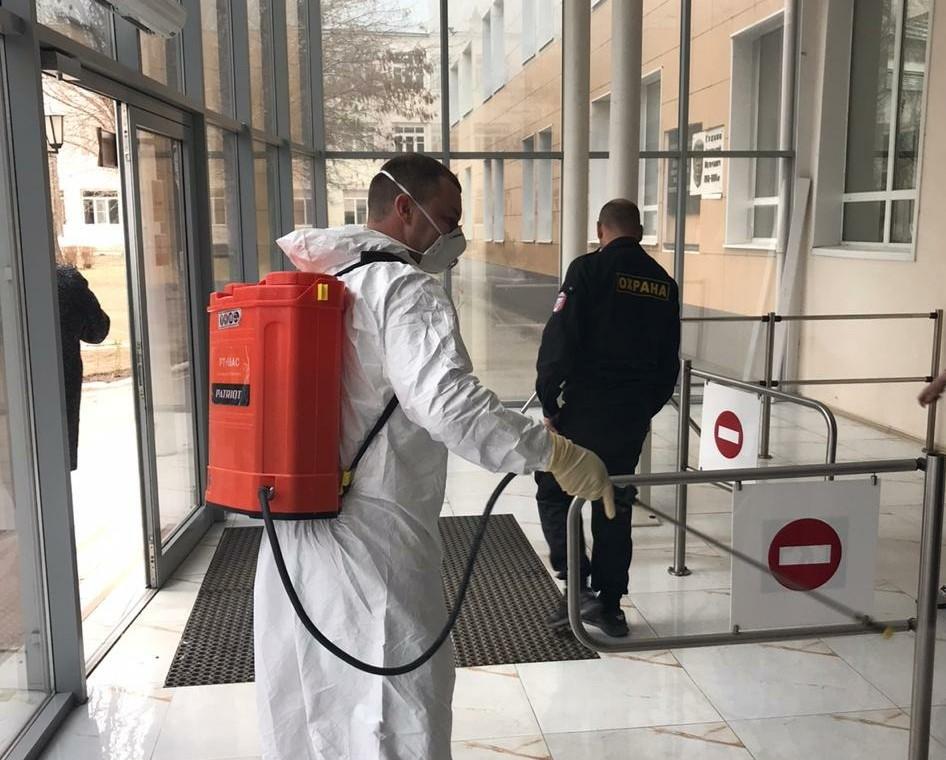 Ректор АГТУ прокомментировал противоэпидемические меры в общежитии № 8