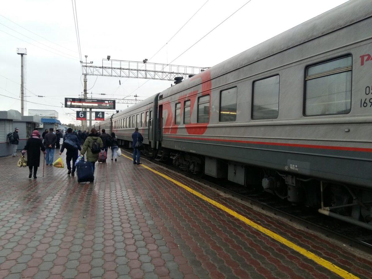 Перевозки пассажиров в пригородном и дальнем сообщении в Астраханском регионе снизились на 14,8%