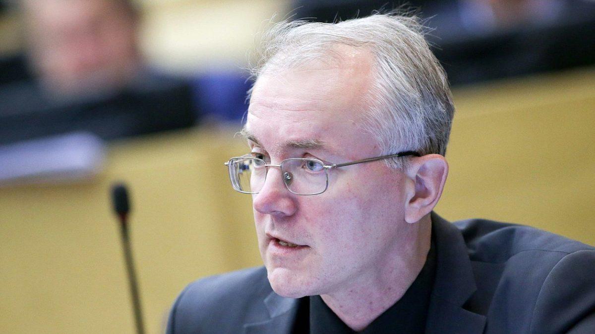 Олег Шеин предложил отменить запрет на подъезд к рекам