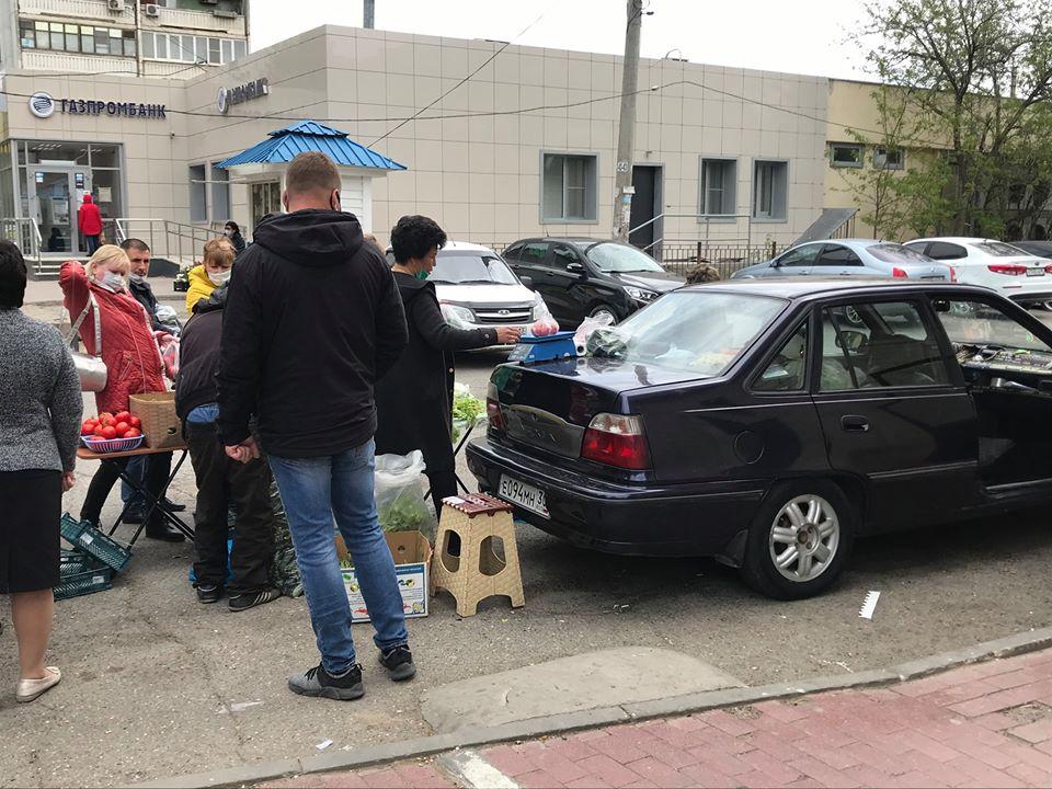 Астраханские полицейские оперативно отреагировали на сообщение об уличных торговцах