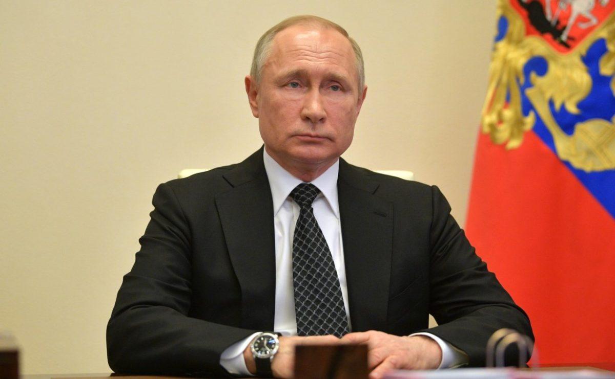 Путин: пик распространения коронавируса не пройден