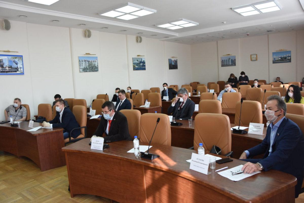 Инициаторы отставки главы Астрахани испугались коронавируса и сорвали заседание