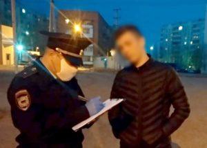 Астраханцев начали штрафовать за выход на улицу без повода