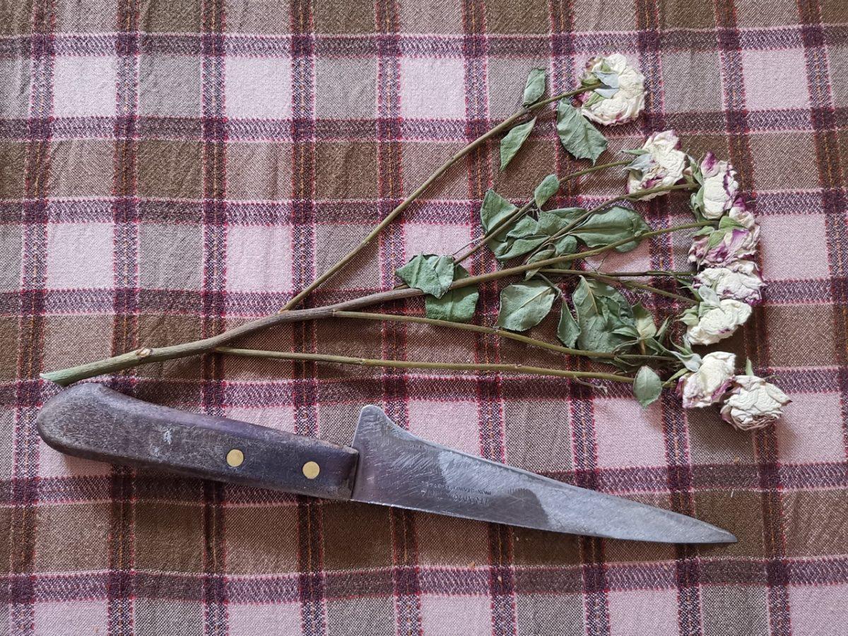 Убившая сожителя астраханка сказала родственникам, что нашла его уже мертвым