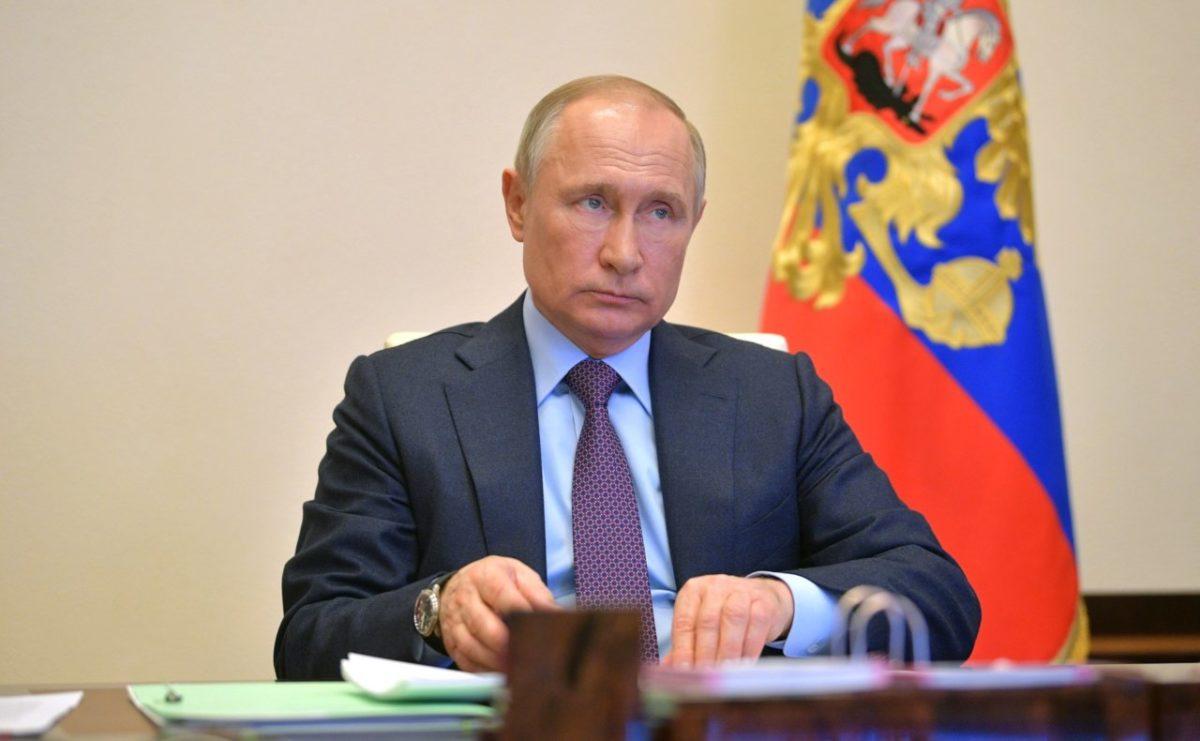 Путин продлил режим самоизоляции