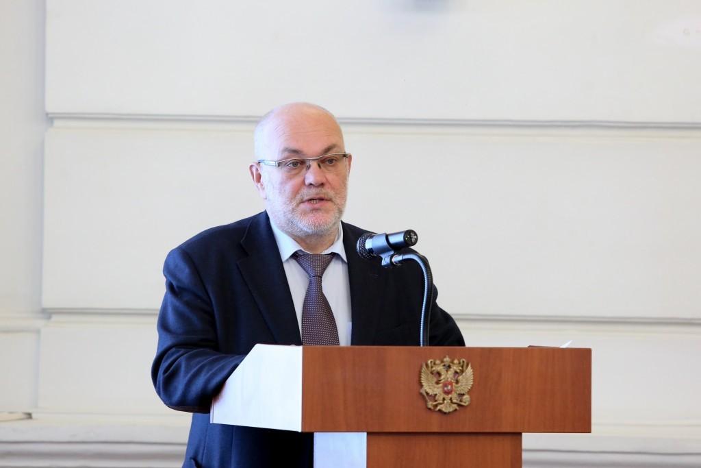 Астраханский министр приступил к работе после заражения коронавирусом
