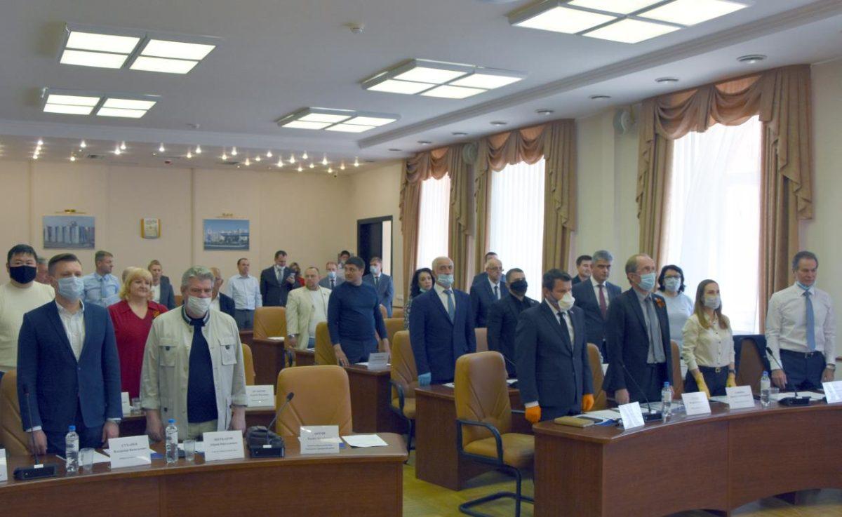 Астраханские городские депутаты теперь могут заседать не выходя из дома