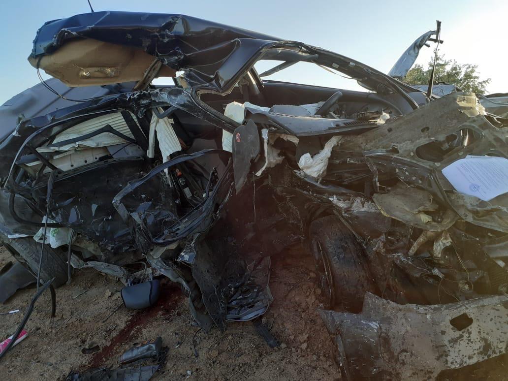 На астраханской трассе произошла жуткая авария с гибелью двух водителей