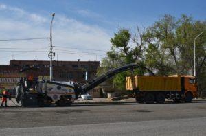 В Астрахани активно ремонтируют дороги