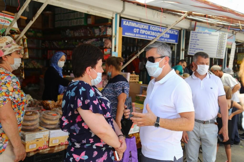 Продавцы на Больших Исадах упорно продолжают нарушать правила торговли