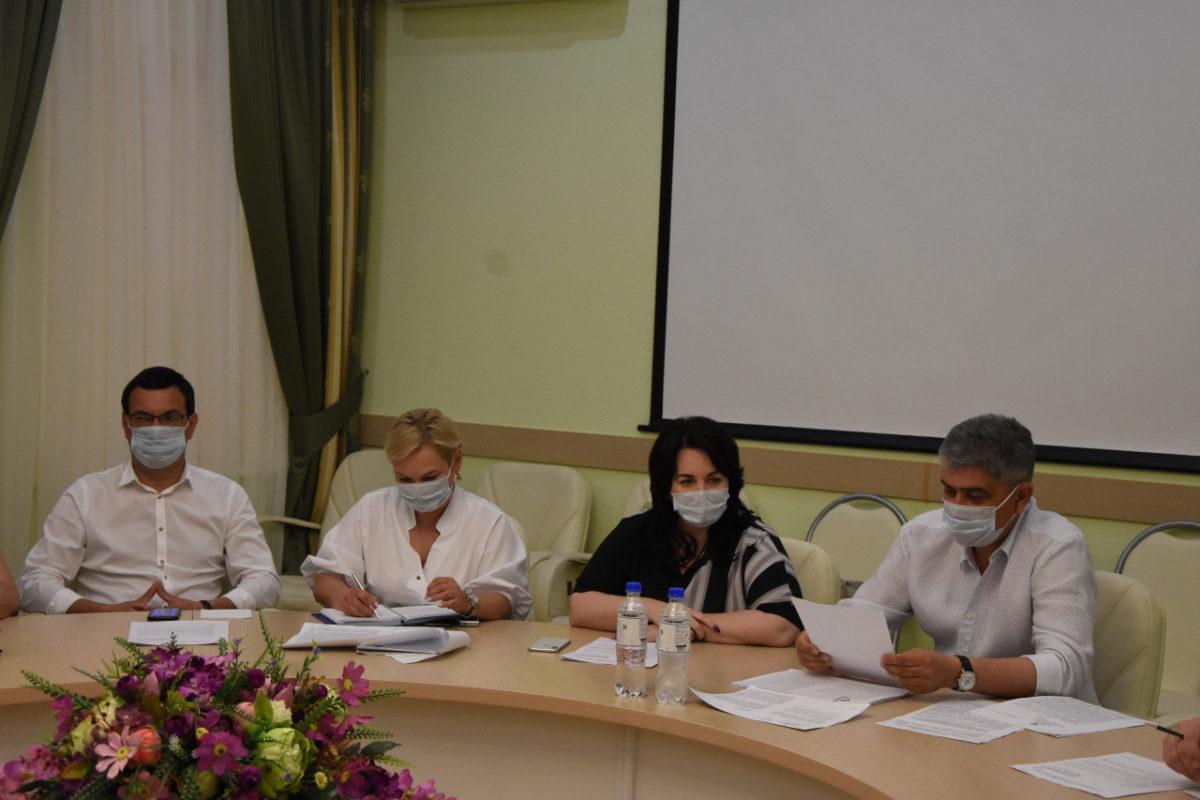 Астраханские депутаты поддержали освобождение бизнеса от арендной платы муниципалитету