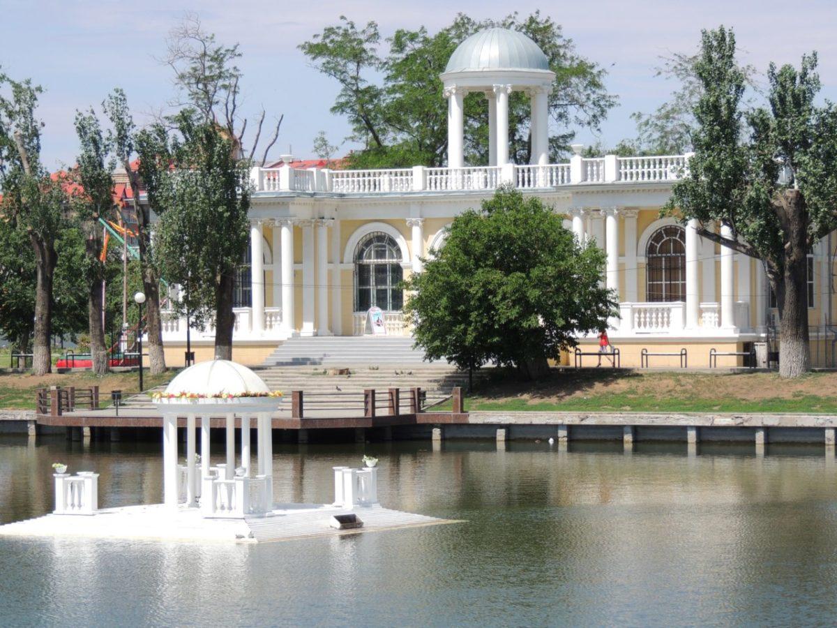 Астраханский планетарий может обойтись областному бюджету в копеечку