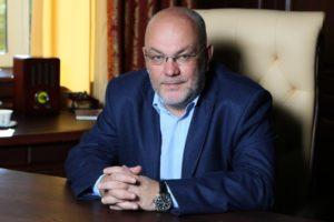 Виталий Гутман сравнил коронавирус со «злым немцем, которого надо убить»