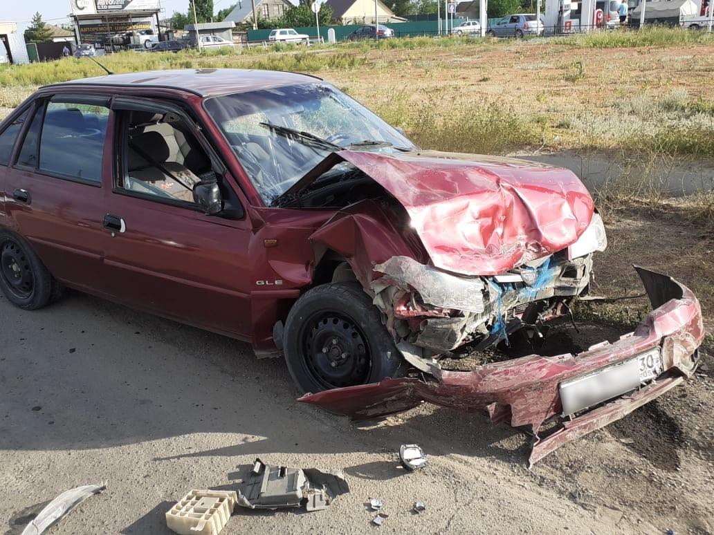 Ребенок и его мать пострадали в ДТП в Астраханской области