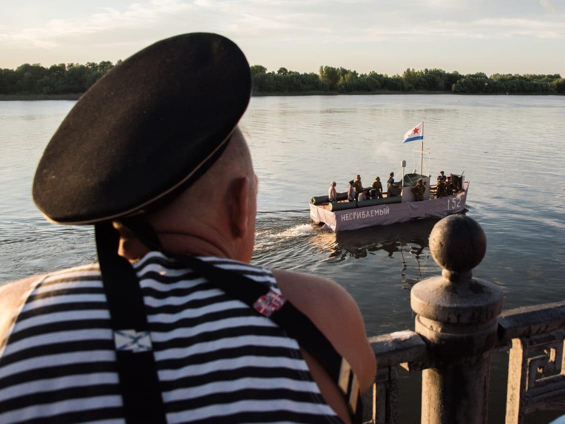 Как Астрахань впервые отметила День ВМФ без парада