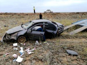 В аварии под Астраханью пострадали три человека, в том числе ребенок
