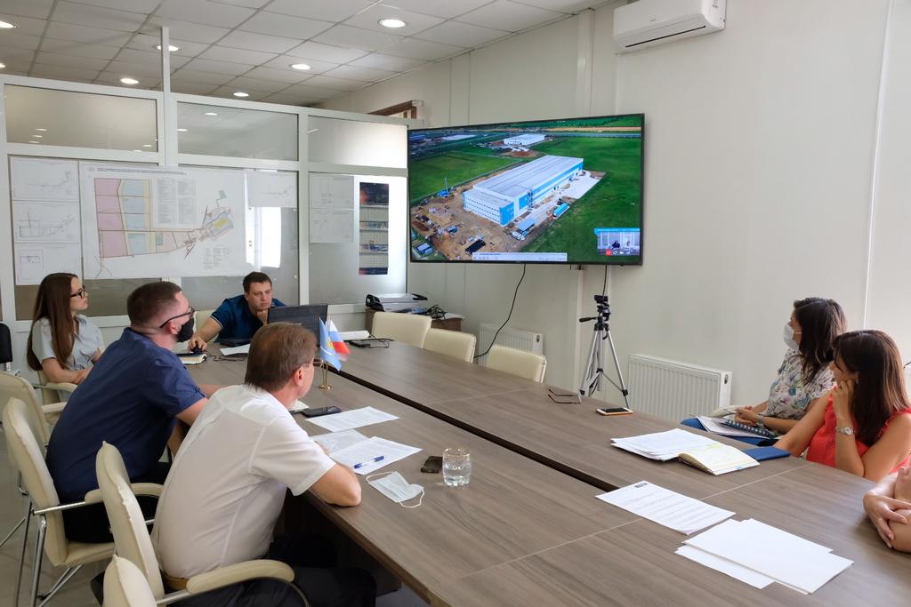 В ОЭЗ «Лотос» появится завод по производству медицинских перчаток