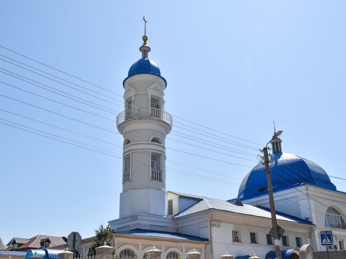 Игорь Мартынов поздравил мусульман с праздником Курбан-Байрам