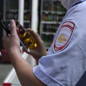В Астрахани активисты «накрыли» магазин с нелегальным алкоголем