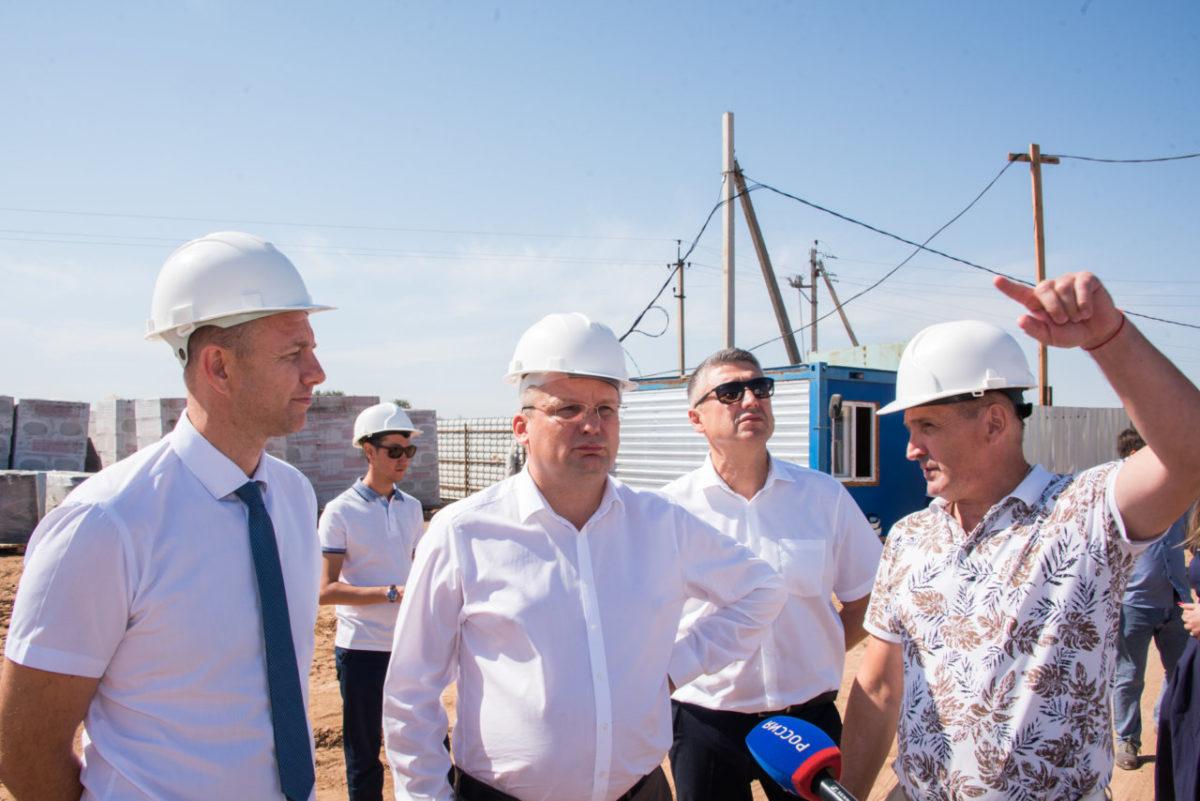 Новый детский сад и новая школа – Игорь Мартынов посетил Наримановский район